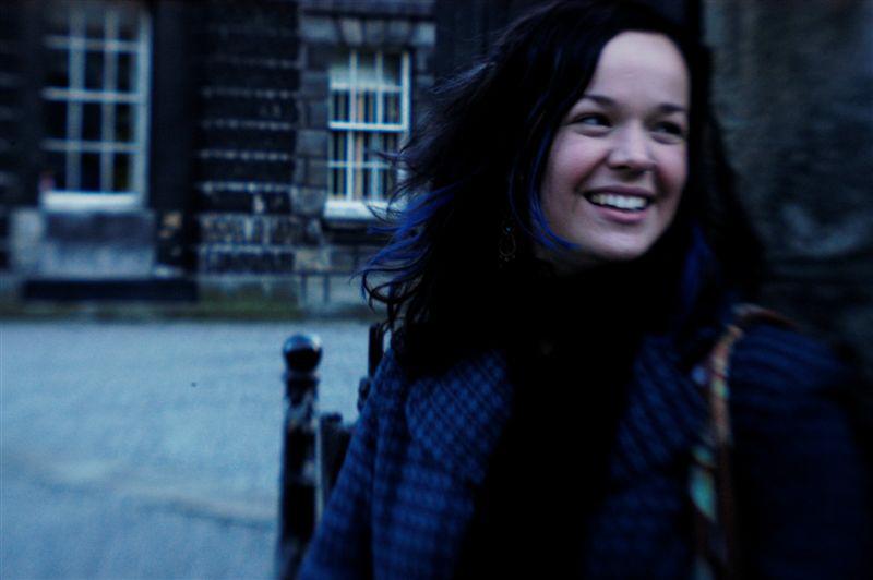 Allison Crowe i gColáiste na Tríonóide (pictiúr le Billie Woods)